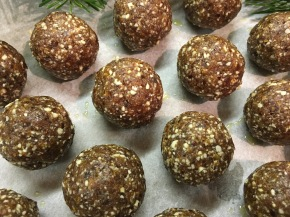 Recipe: Christmas Energy Balls